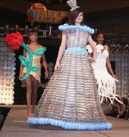 Balloon Couture Fashions 2008: Las vegas, NV, August 17